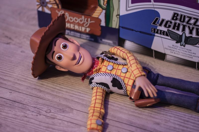 woody-laughing